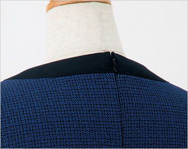 en joie(アンジョア) 61730 大人可愛いシルエットで魅せるブルーツイードのAラインワンピース(女性用) 着脱がらくらくな背中ファスナー